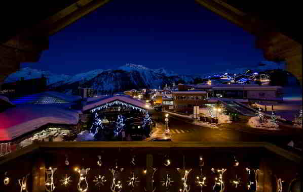 Night View on Courchevel 1850 from Luxury Chalet l'Arctique Courchevel 1850 Chalet Rental with In-Luxe Chalets France.