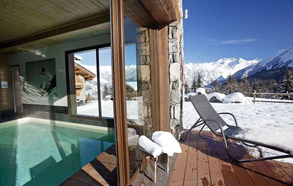 Indoor pool at chalet Samarra in Courchevel 1550