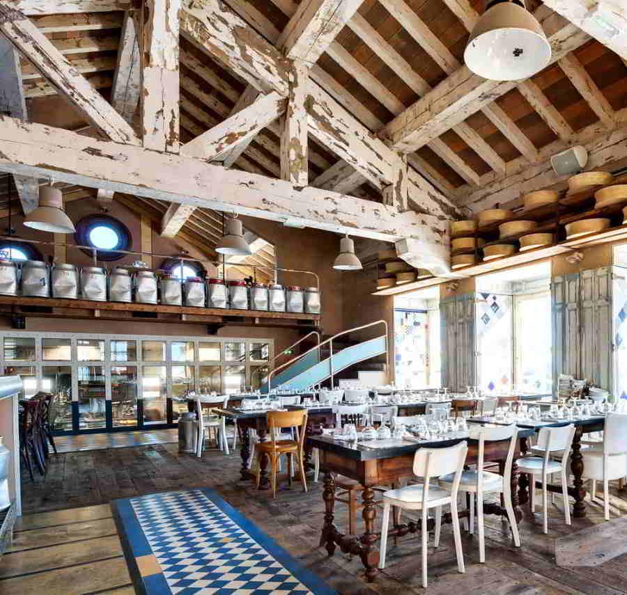 """Picture of the """"bistronomic"""" Restaurant La Fruitière and La Folie Douce in Val d'Isère."""